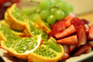 מגשי פירות עד הבית? פרי הדמיון הוא האתר בשבילכם